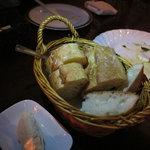 ジェリービーンズ - お通しのパン