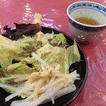 菊翠 - サービスのサラダ