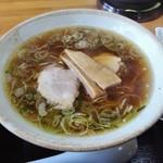 中華そば 弥太郎 - 中華そばと辛味噌