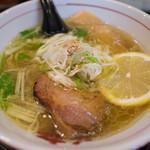 麺や蔵人 - 料理写真:黄金の塩らーめん