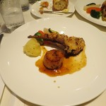 サヴィニ - 子羊の香草焼き・帆立貝