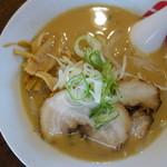 宝介 - スープは100パーセント豚骨