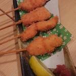 串と煮込み 門限やぶり - ささみカツ梅肉ソース