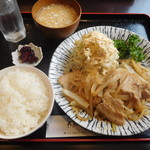 肉・菜ダイニング わのみ - しょうが焼き定食¥800-