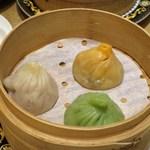china bistro 八寸 - jewelry点心「三色小籠包盛り合せ」