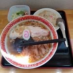 いもせ食堂 - 料理写真:半チャン支那そばセット