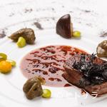 シェヌー - ばら干しのりの香りを添えた『仙台牛フィレ肉のステーキ』