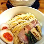中村商店 - もつカレーつけ麺