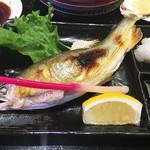 番やのすし - 子持ち鮎の塩焼き