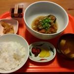 ワイン処 SASAYA - 鶏のみぞれ煮わさび風味定食780円。