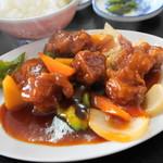 中華料理 味鮮 - 料理写真:酢豚