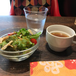 MARUFUJI CAFE - ランチセットのスープとサラダ