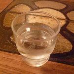 薩摩っ子ラーメン - ☆お水グラスはこんな感じです(^v^)☆
