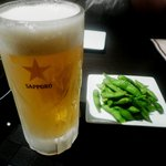 博多もつ鍋 やま中 - 料理写真:とりあえずのビール 付き出しは枝豆