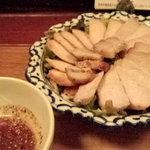 まんごや - タイ風焼き豚三種盛り