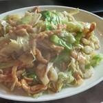 中華料理 虎哲 - 蓮白肉絲 (キャベツと豚肉の細切り炒め) アップ