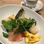 クラッティーニ - 農園野菜のインサラータとズベッタ