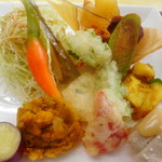 鎌倉野菜カレー かん太くん - 野菜がたくさん