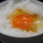 超純水採麺 天国屋 - 卵ご飯