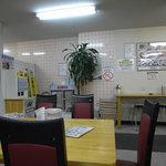 元祖タマユラーメン - 店内の様子
