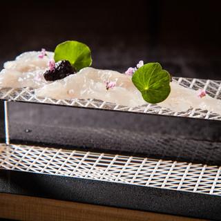 伝統と革新の融合・美しさを表現した日本料理