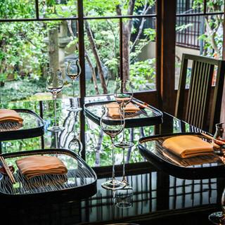 旧三井邸をリノベーションした豪華な全席個室空間