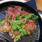 東京ビアホール&ビアテラス14 - 骨付きメリノの山椒風味グリル