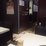 焼肉Dinning610 - 有名人のサインがチラホラ