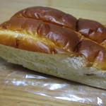 ムラタ - 牛乳パン 230円 (2017.9)