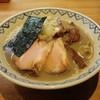 つじ田 奥の院 - 料理写真:煮干しらーめん(780円、斜め上から)