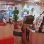 洋食屋 せんごく - 内観写真:内覧①【平成29年9月26日撮影】