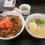 なか卯 - 料理写真:和風牛丼(大盛)&はいからうどん小