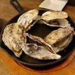 魚介ビストロ sasaya - 蒸牡蠣(5ケ):1,058円