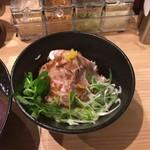 ローストビーフ油そばビースト - ローストポーク丼