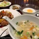 中華旬彩料理 東方紅 - スープつき