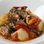 editor's fav るるぶキッチンAKASAKA - CAVA(サヴァ)とジャガイモのトマト煮(グランドメニュー)