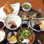 もり田 - 料理写真:日替りランチ