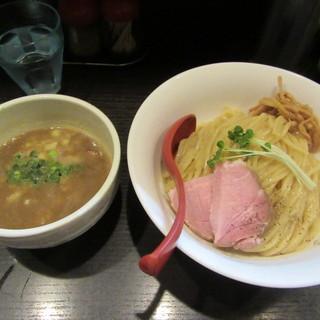 麺処 夏海 - 料理写真:つけ麺 800円