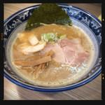 秋葉原つけ麺 油そば 楽 - 醤油らーめん 中盛り!? 780円