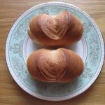 シロヤベーカリー - フランスパン(5個入り) 150円