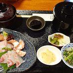 割鮮 Nampu もとき - 本日の定食;鮮魚お刺身