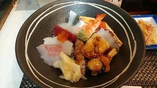 都寿司 - 上から海鮮丼