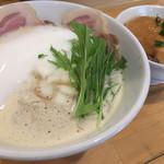 ふく流らーめん 轍 - ふく流ラーメン&レアチャーシュー丼