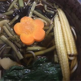 戸隠 本店 - 山菜そば。 美味し。