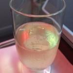 がんこ寿司 - 飛行機内でまずスパークリングワイン