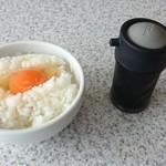 74202672 - 卵かけご飯・醤油
