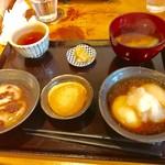 74204102 - 餅づくし【料理】