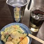 平野屋 - ポテサラ+熱燗(試飲用ヒレ入り)