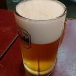 とん平 - 生ビール。