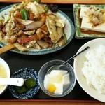 四季紅 - 料理写真:回鍋肉ランチ